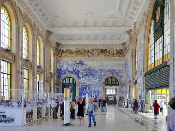 train stations, porto