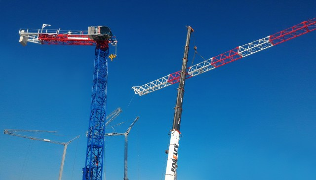 Crane Network News: Raimondi Cranes and GP MAT exhibit the MRT223 tower crane at JDL MED 2016