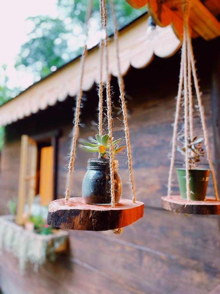 Log Slice Hanging Rope Shelves