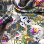 Silkesateng med blomster