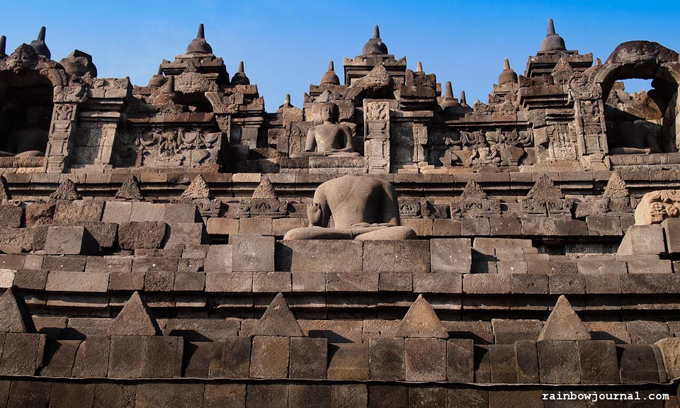 Sunrise tour of Borobudur temple in Indonesia