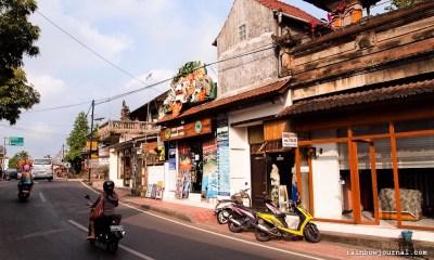 Eat, Pray, ...Walk: Roaming the Streets of Ubud on Foot
