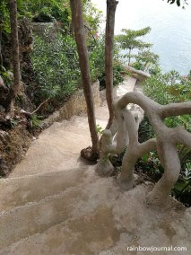 It's an easy walk to get to the statue, the path isn't always ascending
