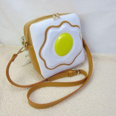 EggToastPurse1