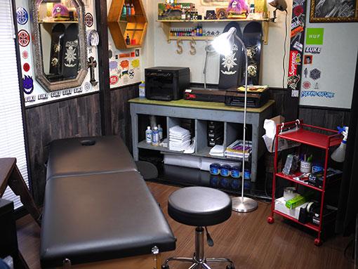 タトゥースタジオの施術室