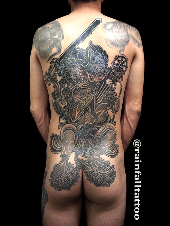 タトゥー 和彫り 背中