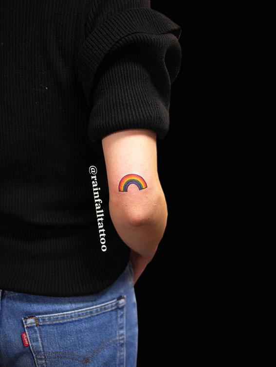 虹のタトゥー