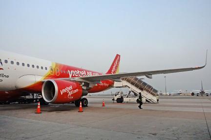 泰越捷航空 Thai Vietjet Air   VZ561 台中RMQ ⇒ 曼谷BKK,直飛航班、行李、選位、餐點分享!!