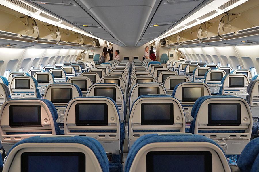 國泰航空 Cathay Pacific   CX443 台北TPE ⇒ 香港HKG 飛行紀錄 延遲補償