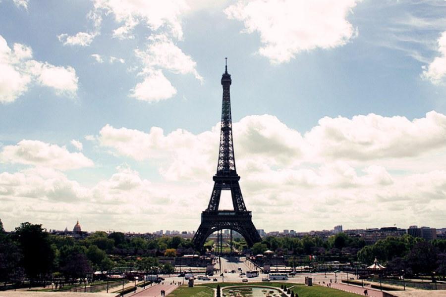 [法國] 巴黎 Paris @ 艾菲爾鐵塔攻頂記 Top of the Eiffel Tower (影片)