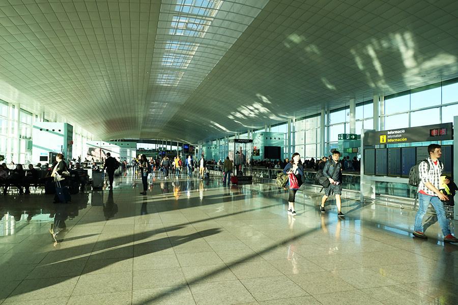巴塞隆納 Barcelona   機場往返市區交通:巴士、地鐵、火車、計程車詳解