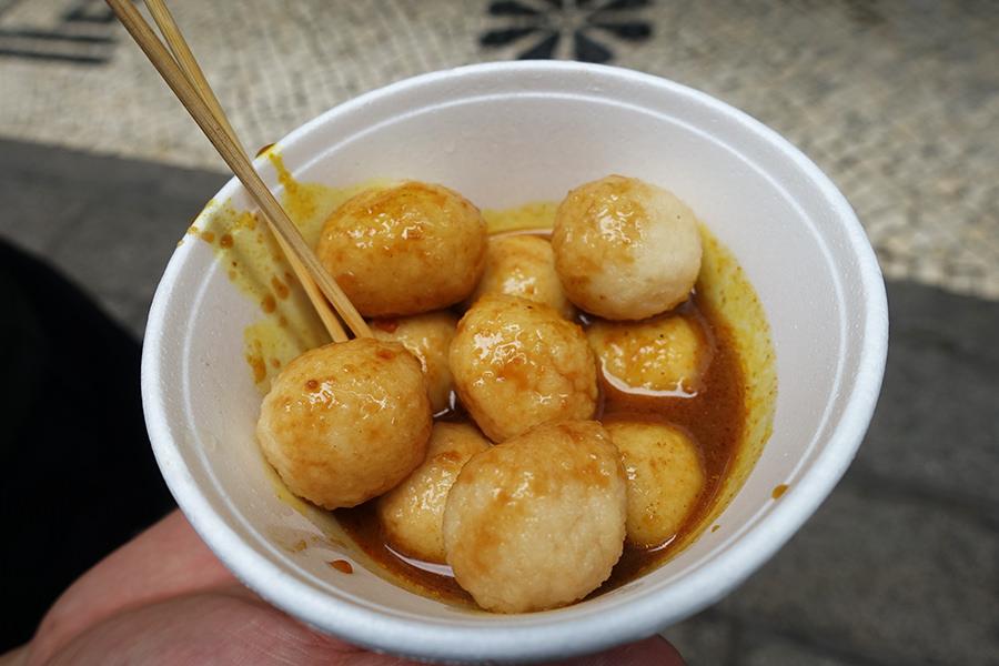澳門 Macau | 恆友魚蛋 在地咖哩滷味 議事亭前地 大堂巷小吃美食街