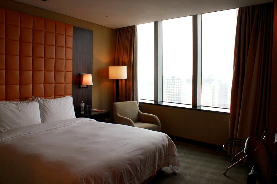台中亞緻大飯店 Hotel ONE Taichung 標準客房住宿早餐分享 & 五週年小慶祝