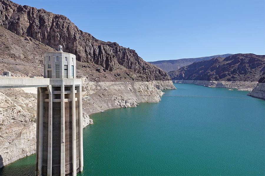 胡佛水壩 Hoover Dam 美國最大水壩,見證沙漠之鑽工程奇蹟,一訪《變形金剛》經典場景!