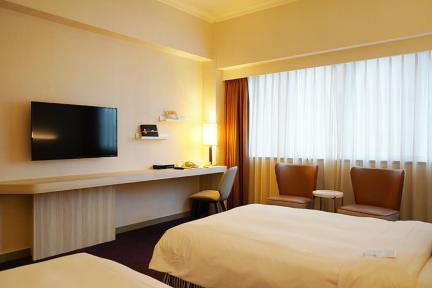 台北凱撒大飯店 Caesar Park Hotel Taipei 北車夢幻地點,車站老牌平價住宿~台灣首家國際連鎖酒店!