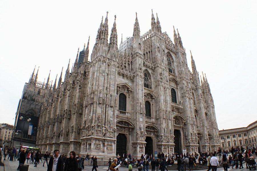 米蘭大教堂 Duomo di Milano 門票、參觀攻頂,耗費600年~巧奪天工的偉大建築!!