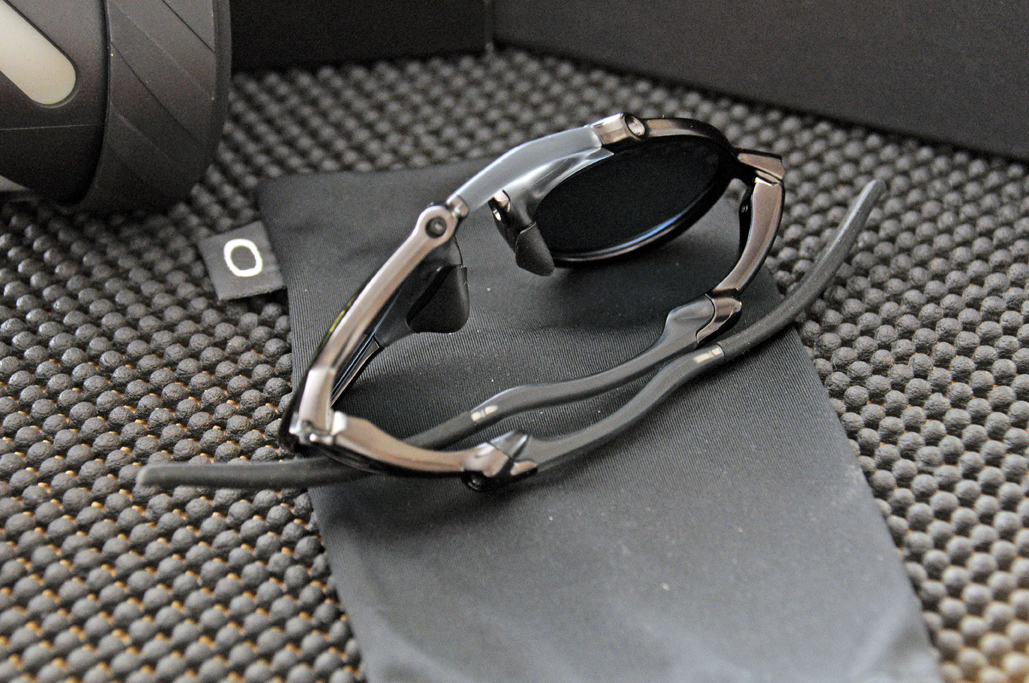 f9c12ceb56 We ll have a FirstUse and InTheWild report on these Oakley Madman  sunglasses once we have had a chance to wear them. If they are anything  like the Juliet