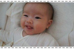 【育兒週記】2個月的小風妹妹一覺睡上十小時,但是……