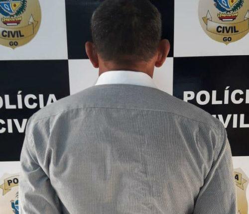 Pedreiro de 57 anos é preso por estuprar e engravidar enteada