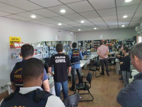Decon e Procon Goiás fiscalizam distribuidoras que comercializam máscaras descartáveis em Goiânia