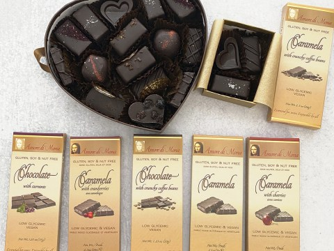 Amore di Mona Top 8 Free Chocolate