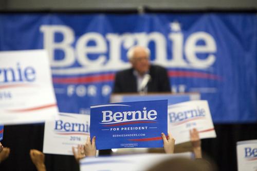 Trump and Sanders Non-political Politicians Raise The Money
