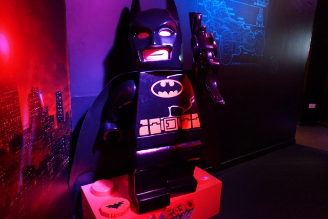 Family Days Out - Legoland Discovery Centre Manchester - batcave