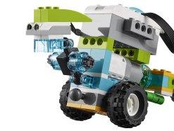 LEGO® Education WeDo 2.0 robot with motion sensor