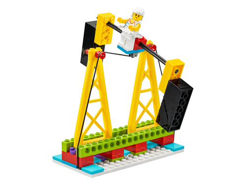 45401 Topcard 02 - LEGO® Education BricQ Motion Essential Set (Primary)