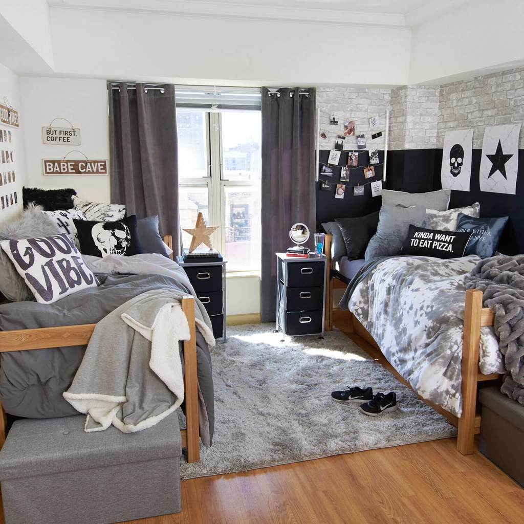 25 Cool Dorm Rooms That Will Get You Totally Psyched For ... on Cool Room Ideas For Guys  id=13614