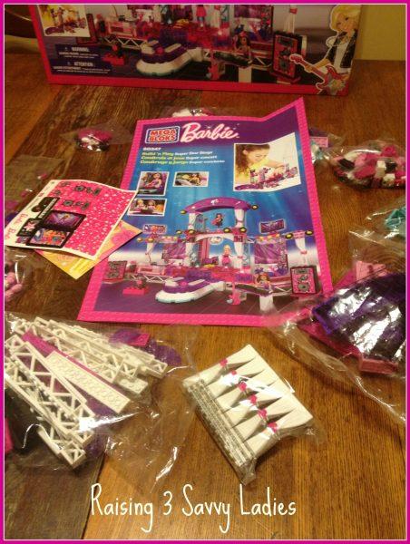 MegaBloks Barbie - Raising 3 Savvy Ladies