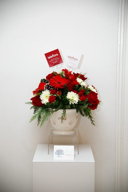 momtrends-holiday-teleflora