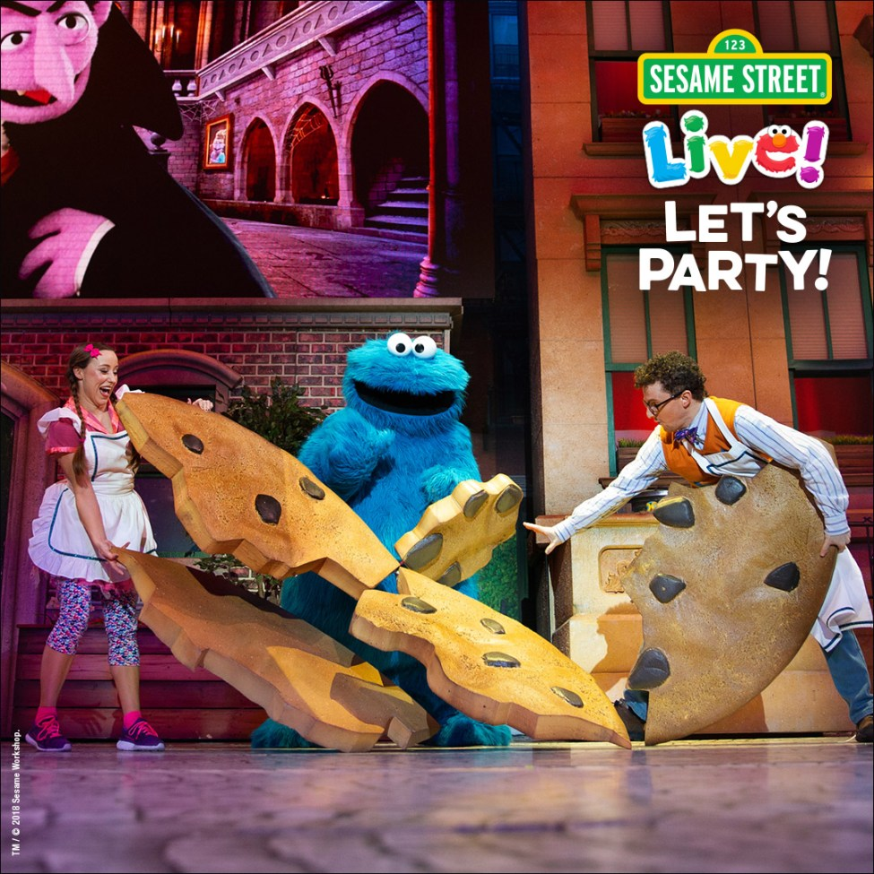 Cookie monster with giant cookie