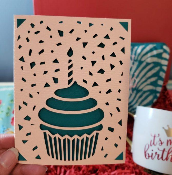 Cricut joy birthday card - cupcake