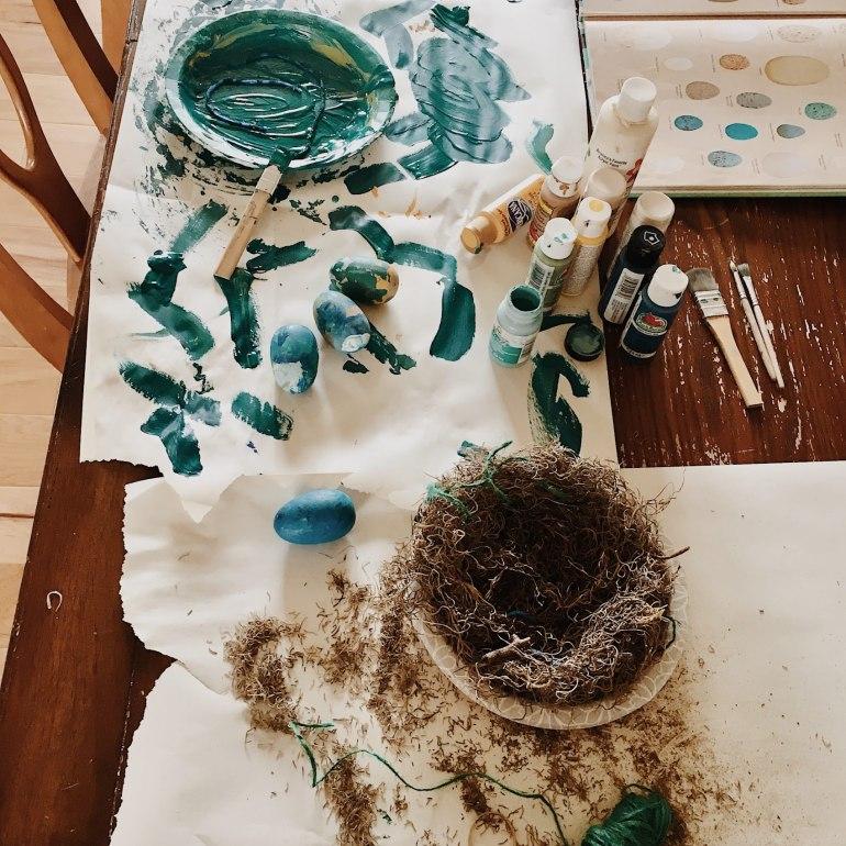 nest and egg spring craft