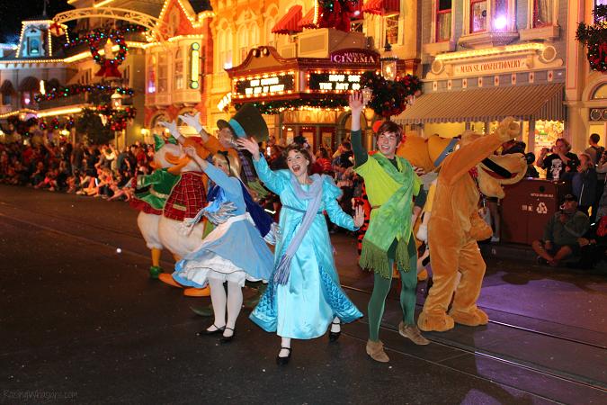Christmastime parade disney