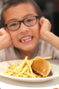 Steak n' Shake Kids Eat Free All Day Every Day + $50 Gift Card Giveaway