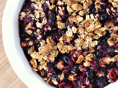 Easy grilled blueberry crisp recipe