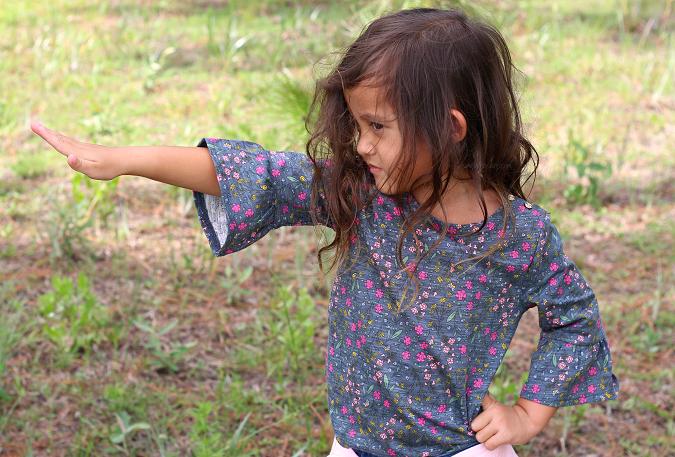 Ruffled sleeves for little girls