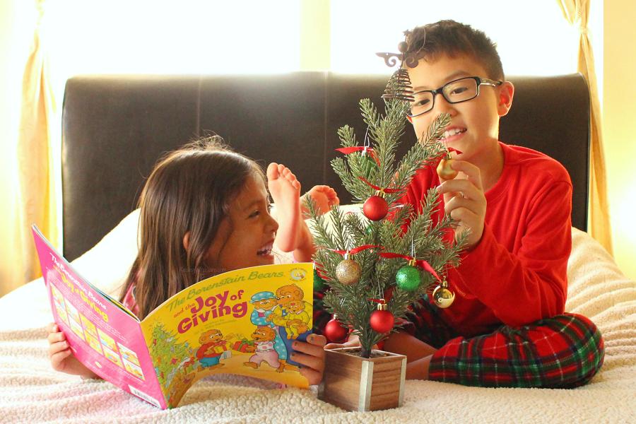 Kids giving at Christmas