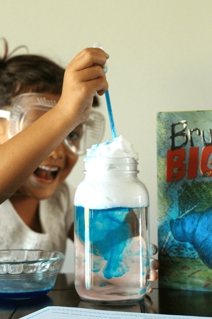 Rain cloud experiment for kids