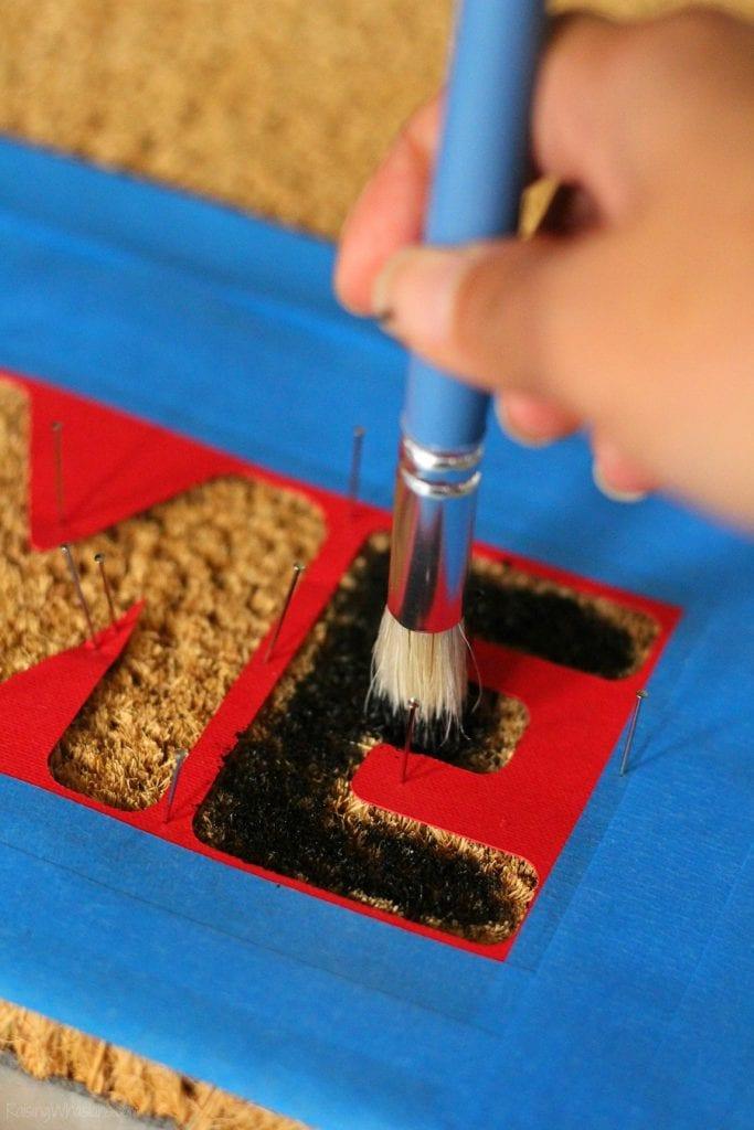How to paint a doormat