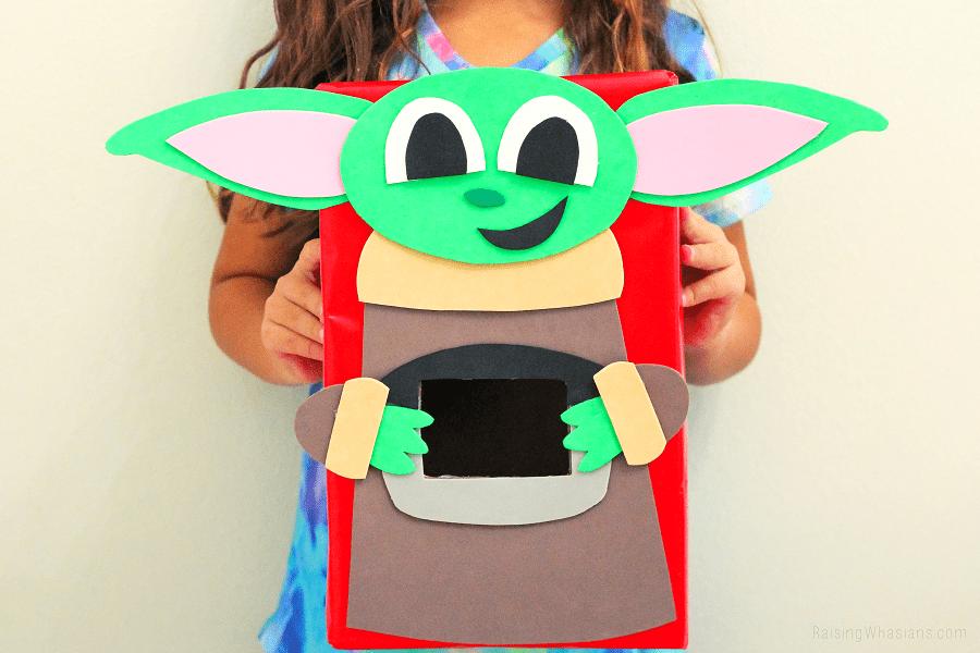 Baby Yoda valentines box