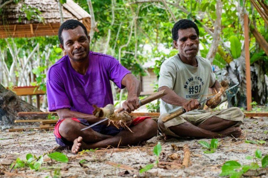 En Raja Ampat ayudamos a las comunidades locales