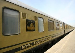 Royal-rajasthan-on-wheels