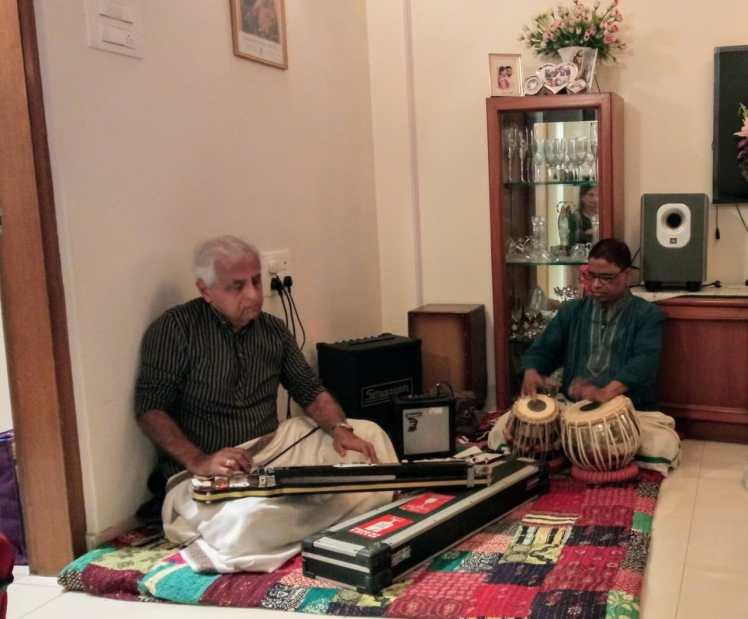 Rajen playing at IITians get together Mumbai on Nov 15 2019