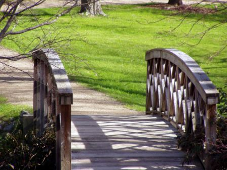making of a fence vs building bridges
