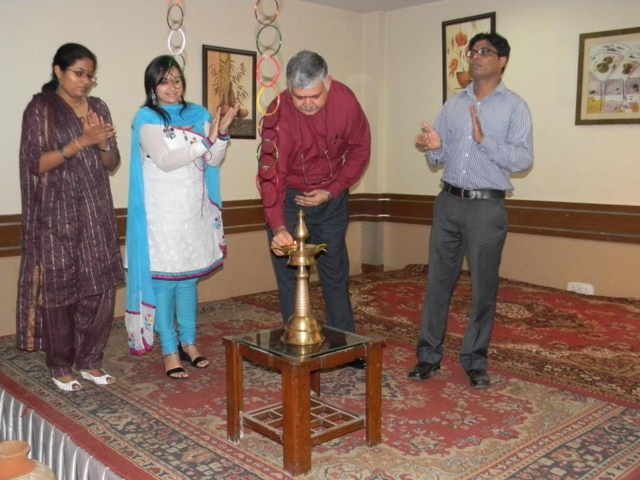 Rajiv Bajaj lighting the lamp with other faculty at IITTM freshers party.