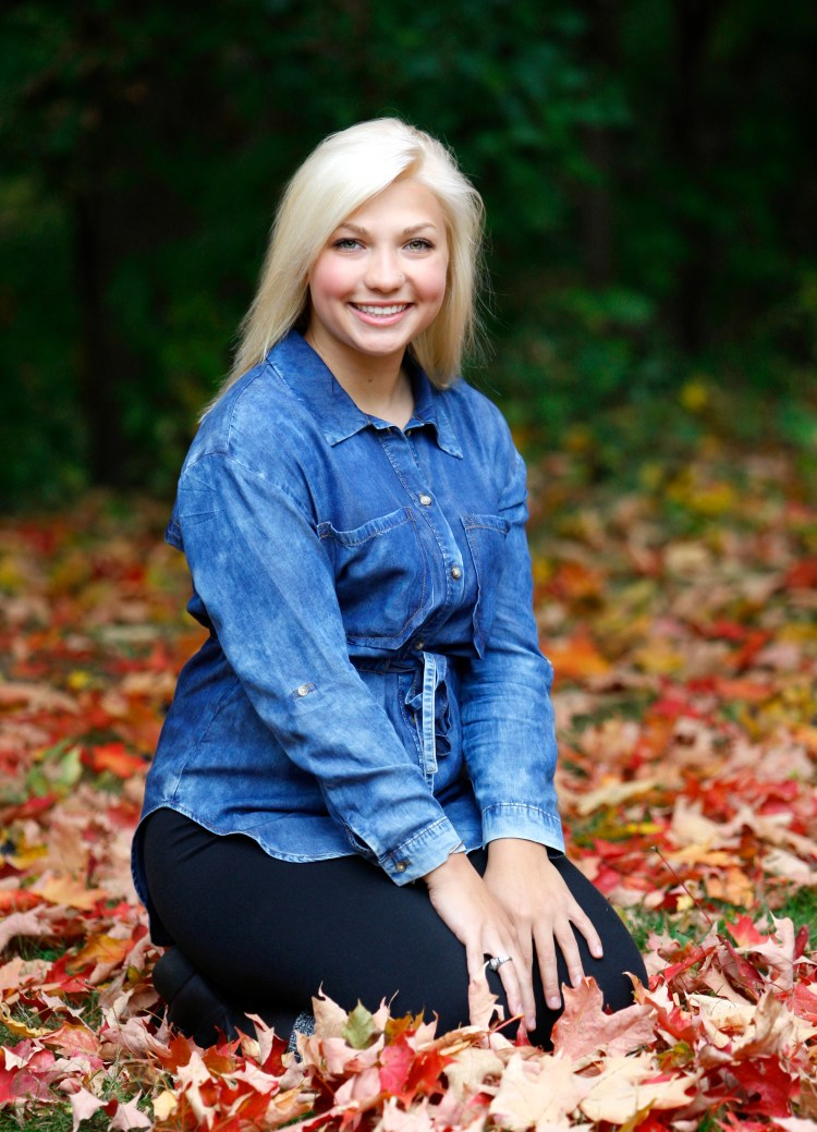 Senior Portraits in Northville, MI.