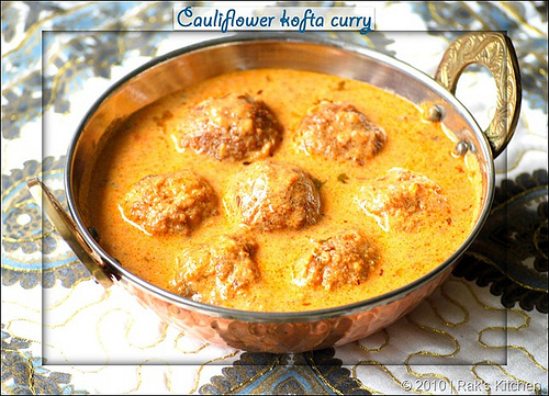 cauliflower-kofta-gravy